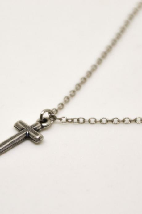 Birthday gift, cross necklace for men, groomsmen gift, men's necklace, silver cross pendant, silver chain, christian catholic necklace